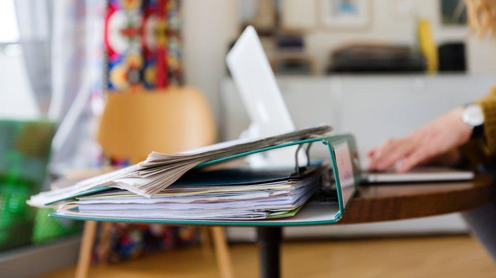 La plupart de ceux qui aspirent à une carrière académique commencent par des années de CDD, souvent non-reconduits, qui provoquent une précarisation de ce personnel ultra-formé.