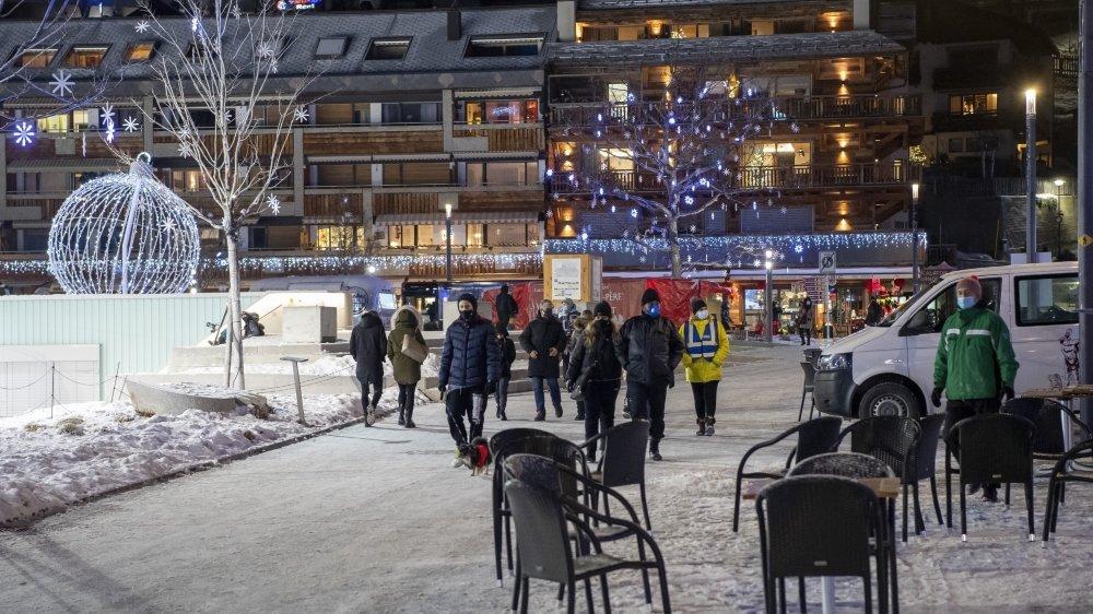 Crans-Montana ce samedi 26 décembre, à quelques heures de la fermeture des établissements publics.
