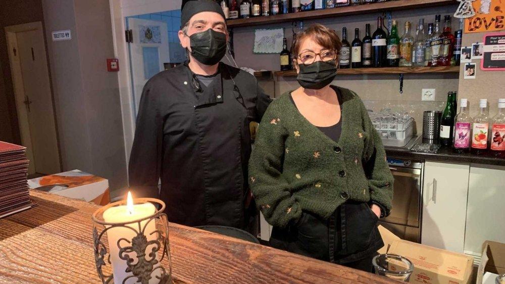 Gérants depuis près de dix ans du restaurant Jonas à Martigny, Marilia et Joao Tavares ne savent pas vraiment de quoi demain sera fait.
