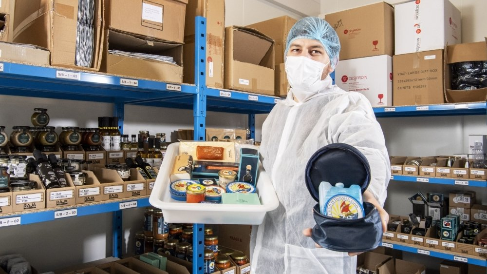 A Port-Valais, chaque produit est soigneusement empaqueté par le responsable d'exploitation, Cyril Druesnes.