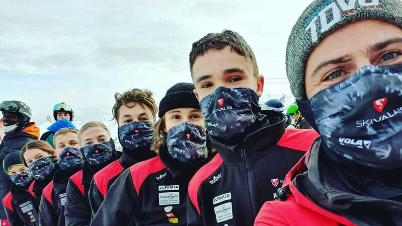 Masqués, les jeunes de Ski Valais ont dû s'adapter