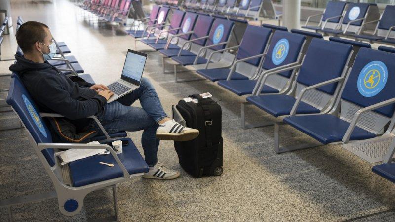 Coronavirus: moins 60% de passagers des compagnies aériennes en 2020
