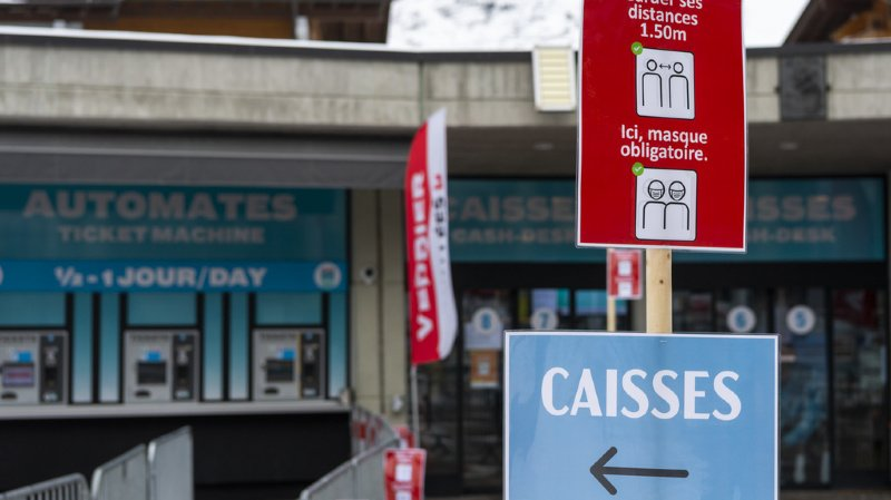 Des touristes britanniques placés en quarantaine prennent la poudre d'escampette — Suisse