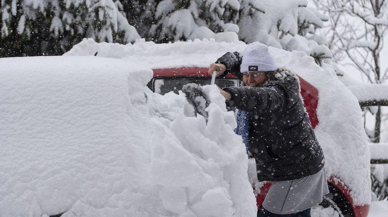 Météo: de fortes chutes de neige recouvrent à nouveau le Tessin