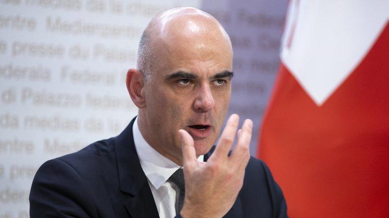 Il est vraisemblable que les mesures soumises aux cantons seront entérinées au vu de la dégradation de la situation, déclarait mercredi passé Alain Berset.