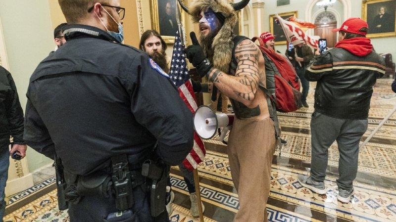 Etats-Unis: plusieurs figures des violences au Congrès arrêtées et inculpées