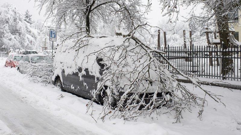 Fortes chutes de neige en Suisse: à Zurich, fin des précipitations mais pas des perturbations