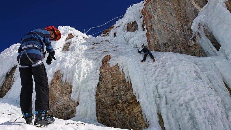 L'Anzère Ice Park, un paradis glacé à un jet de pierre de l'arrivée de la télécabine