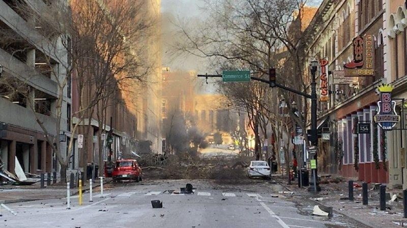 Etats-Unis: le suspect de l'explosion à Nashville est décédé dans la détonation