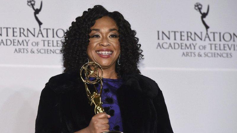 Télévision: la créatrice de Grey's Anatomy débarque sur Netflix avec «La Chronique des Bridgerton»