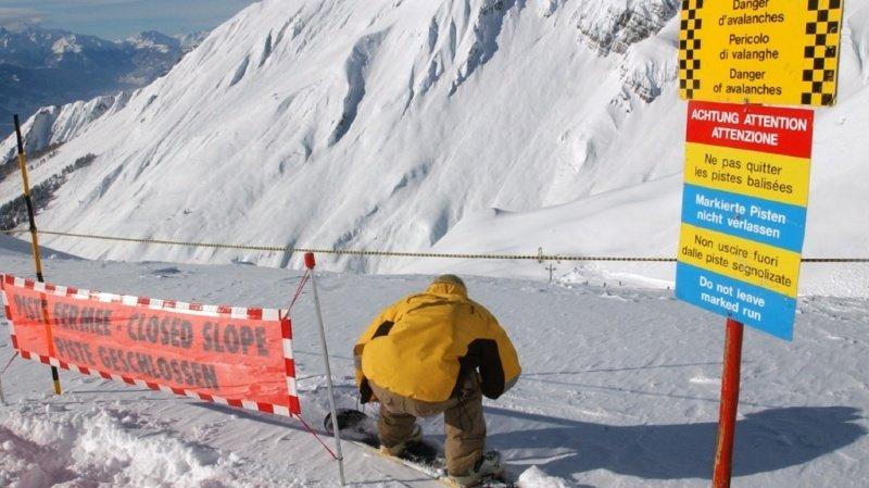 Le danger d'avalanche est important en Valais. Rien que samedi, dix personnes ont été emportées dans trois coulées. Une seule a toutefois été blessée (archives).
