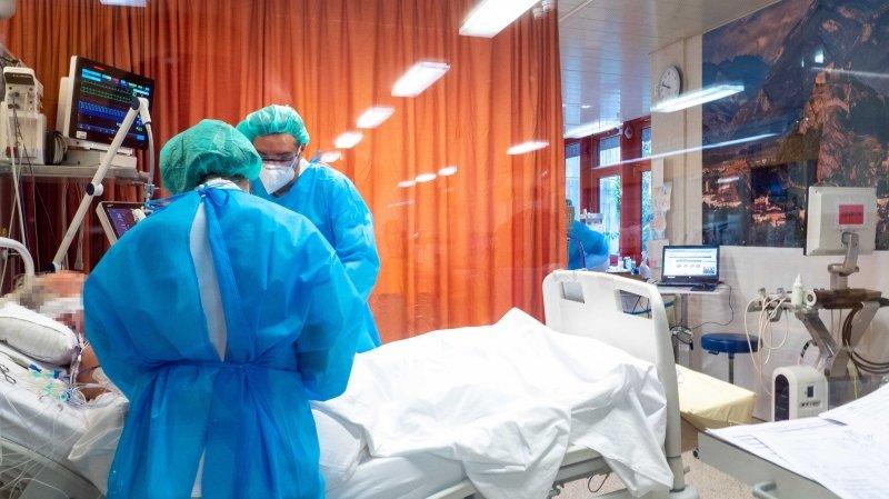 Valais: les hospitalisations dues au coronavirus en léger recul