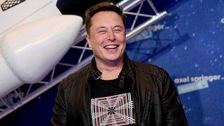 Elon Musk, patron de Tesla, devient l'homme le plus riche du monde