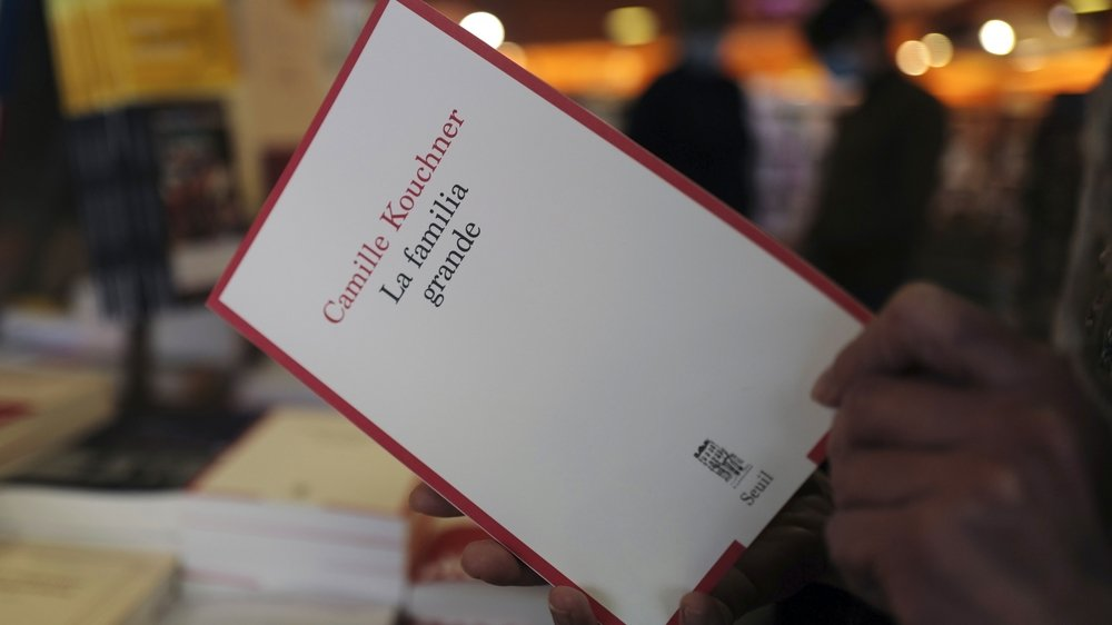 Les faits révélés par le livre La familia grande, paru le 7 janvier, sont à l'origine d'un électrochoc dans l'opinion publique.