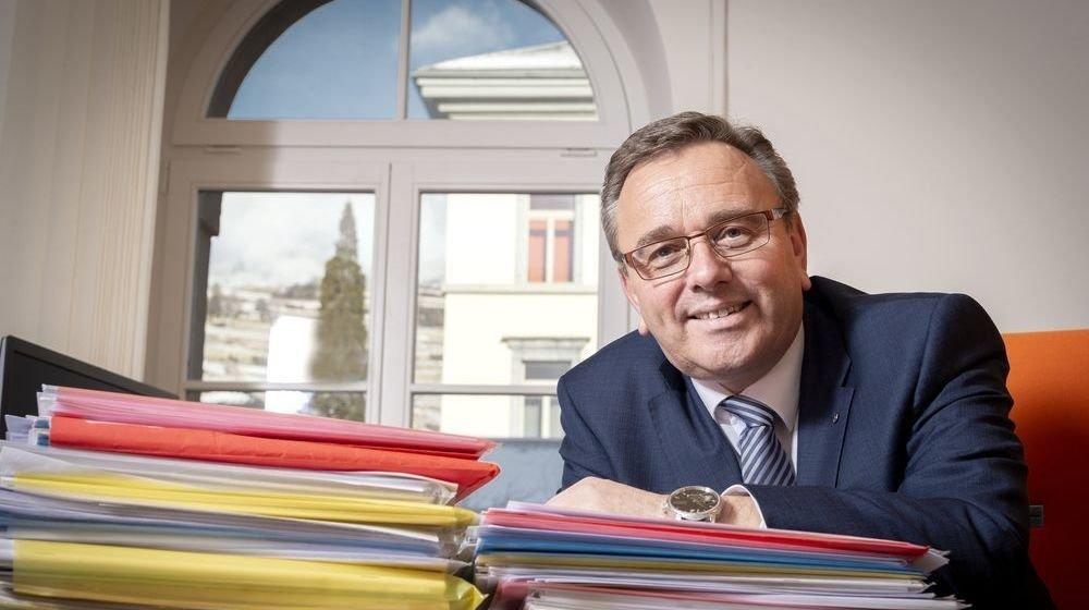 Roberto Schmidt ne lâchera pas les finances, même s'il assure que c'est le gouvernement qui décidera de la répartition des départements.