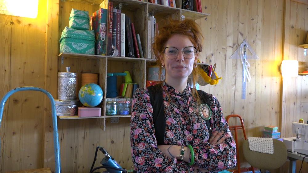 Passée par des studios de création parisiens, Stélina Lorieux a voulu revenir à l'essentiel et créer des vêtements respectueux de l'environnement et de la santé.