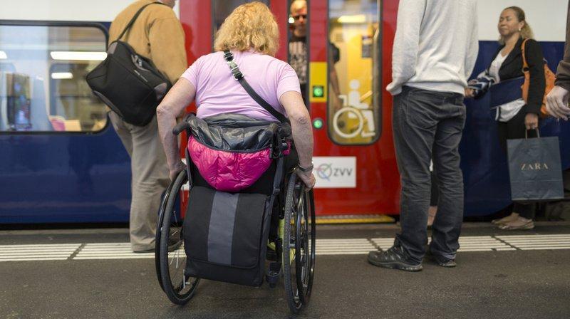 Fin 2019, 873 des 1800 gares de Suisse étaient conformes à la loi sur l'égalité pour les handicapés.