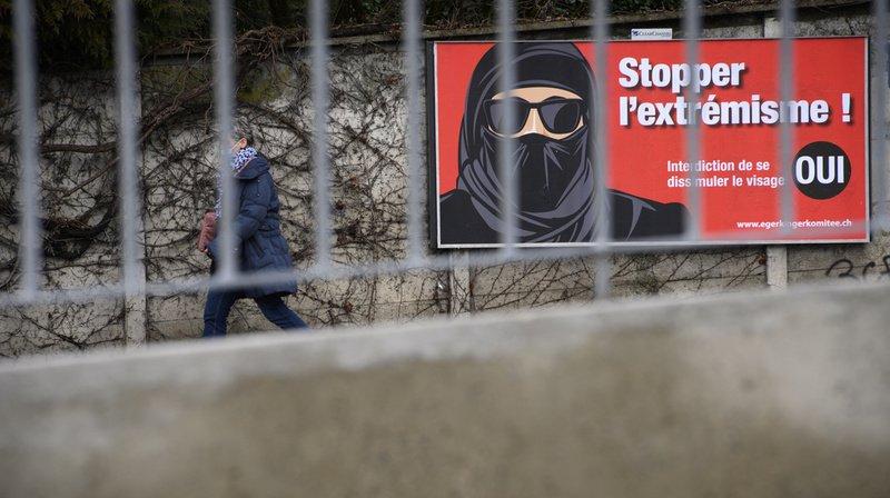Votations fédérales: à un mois du vote, l'initiative anti-burqa continue de convaincre