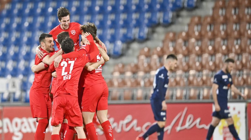Football: Vaduz bat Zurich et revient bien