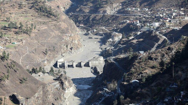 Inde: la rupture d'un glacier dans l'Himalaya fait au moins 26 morts et plus de 170 disparus