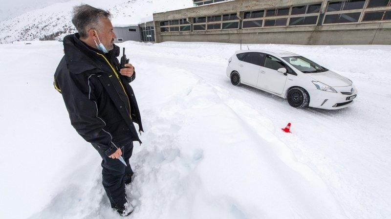 Comment rouler en sécurité sur la neige? On a testé pour vous les cours TCS à Bourg-Saint-Bernard