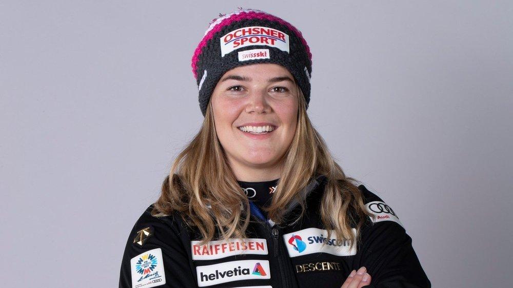 Mélanie Meillard ne rangera pas les skis avant la fin avril.