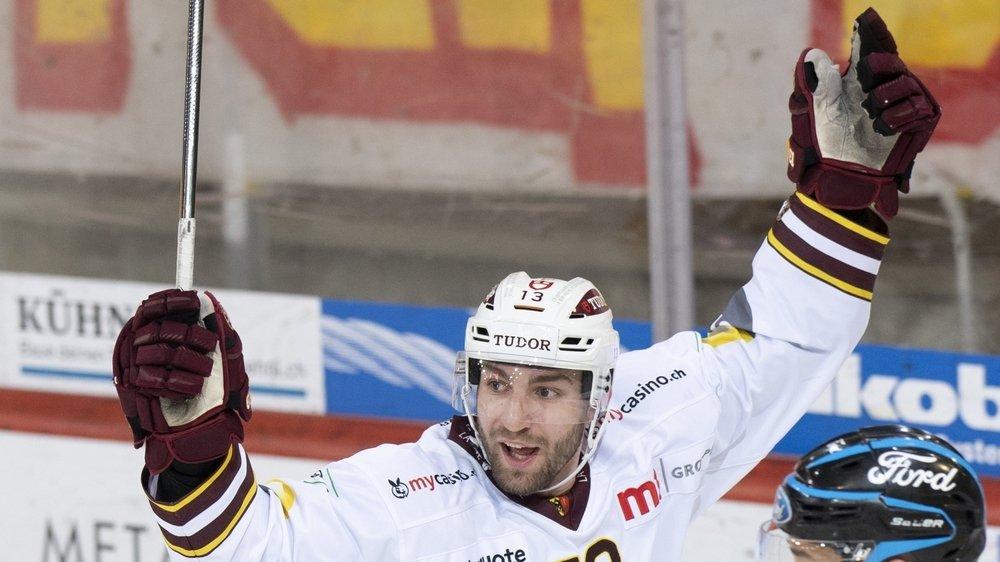 Mathieu Vouillamoz a inscrit samedi soir face à Langnau sa première réussite dans l'élite du hockey suisse.