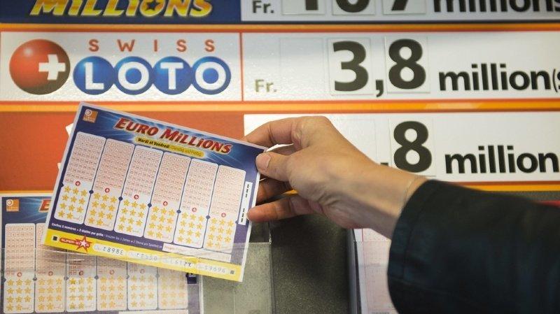 Pour gagner, il fallait cocher le 6, 12, 22, 29 et le 33, ainsi que les étoiles 6 et 11.
