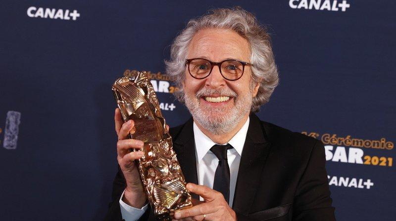 Nicolas Marie remporte le trophée de meilleur acteur dans un second rôle dans le film d'Albert Dupontel qui était absent.