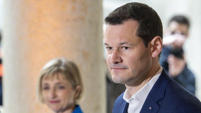 Affaire Maudet: le conseiller d'Etat genevois reste privé de son département