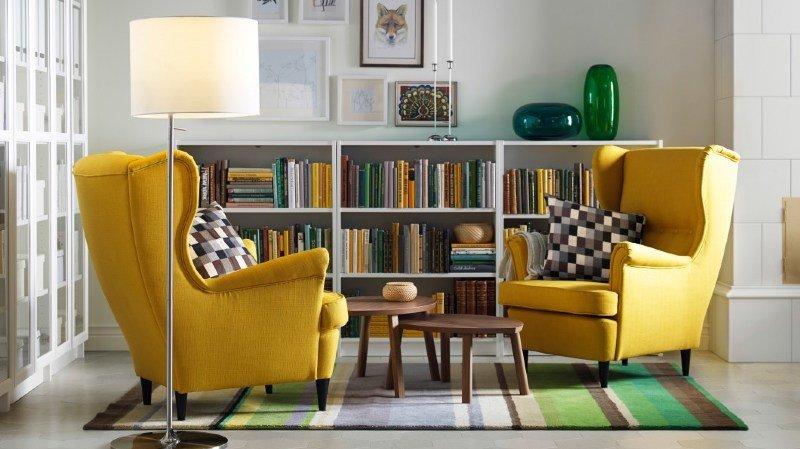 Un coin isolé dans un salon offre un espace adéquat.