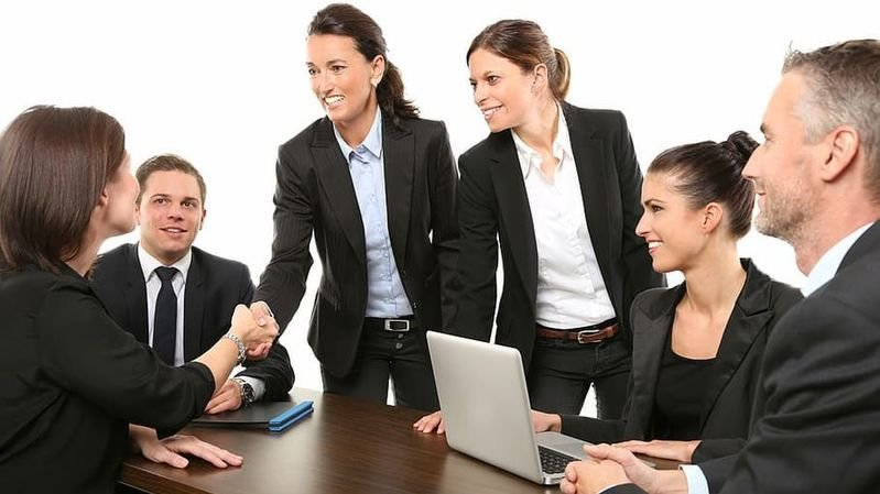 Dans sa 16e édition, le rapport de Guido Schilling indique que plus d'un poste vacant sur trois dans les conseils d'administration a été attribué à une femme (illustration).