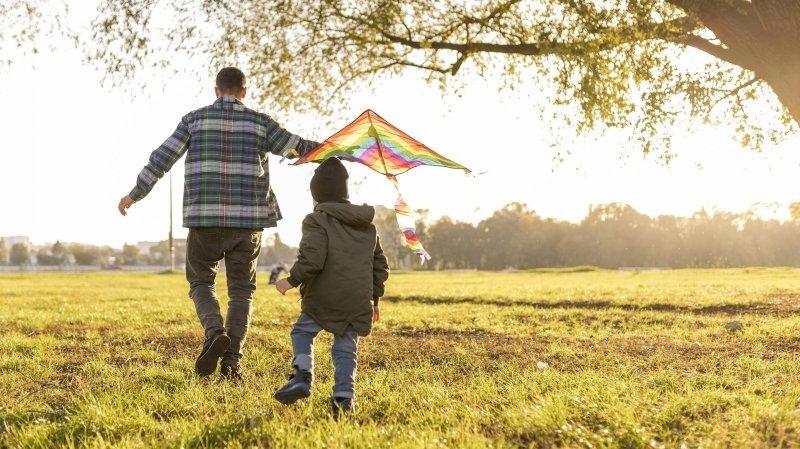 «Je fais désormais partie intégrante de la vie de mon enfant»: un Valaisan raconte sa joie d'avoir obtenu la garde alternée