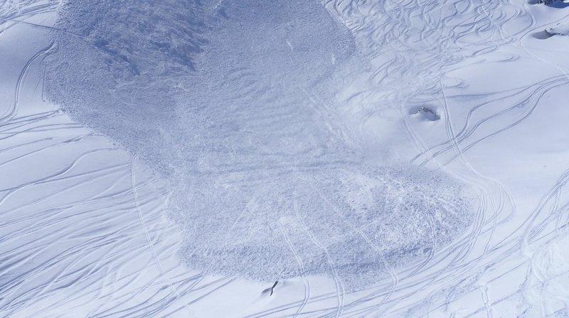 Hérémence: un freerider perd la vie après avoir été emporté par une avalanche