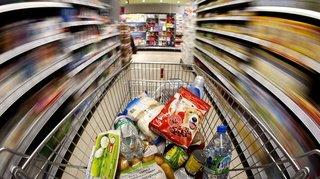 Coronavirus: privés de restos, les touristes dévalisent les magasins d'alimentation de certaines stations valaisannes