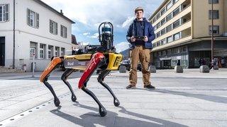 Star mondiale, le chien-robot Spot fait le show à Sierre