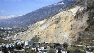 Après l'éboulement fin janvier, la falaise de Rarogne a été dynamitée