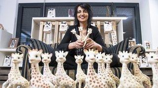 Valais: elle a 60 ans et un peu de Fully en elle, Sophie la girafe
