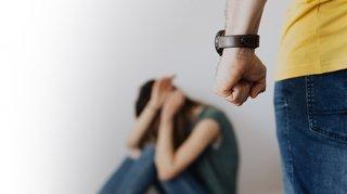 Violence domestique: près de 120 agresseurs pris en charge en Valais en 2020