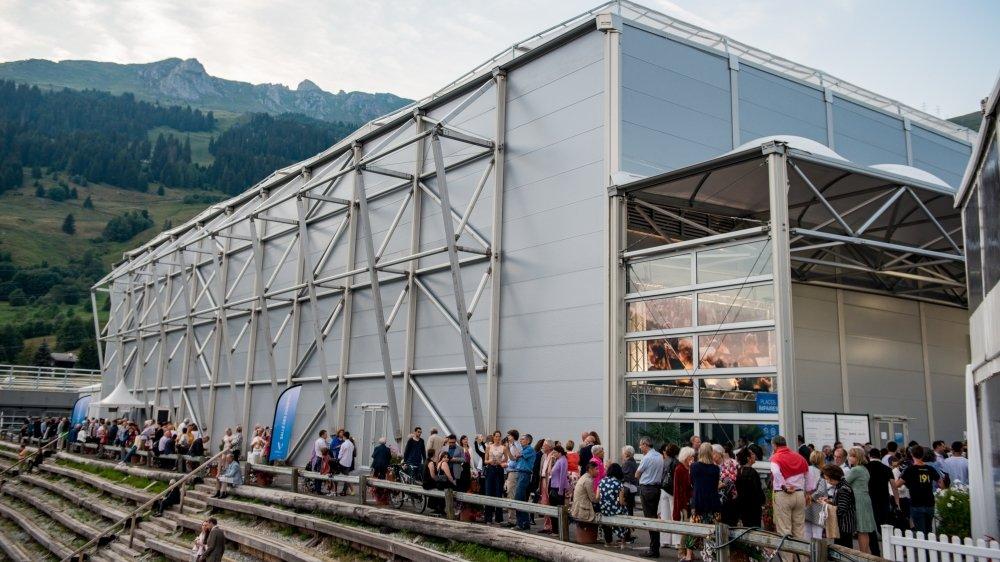La salle des Combins pourra-t-elle de nouveau accueillir du public après une année blanche? Les organisateurs du Verbier Festival y croient.