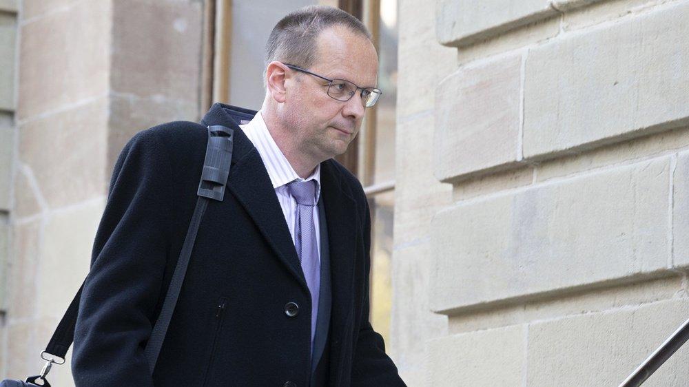 Dominique Giroud affronte le Tribunal de police de Genève de lundi à jeudi. Il est accusé d'avoir commandité le piratage de deux journalistes qui enquêtaient sur ses affaires fiscales et vinicoles.