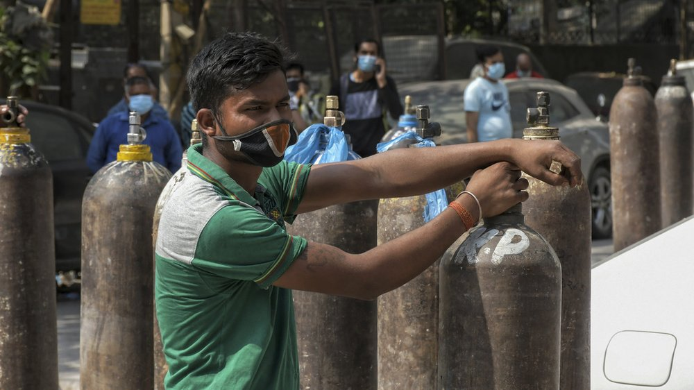 Coronavirus: la Suisse envoie 13 tonnes de matériel médical en Inde