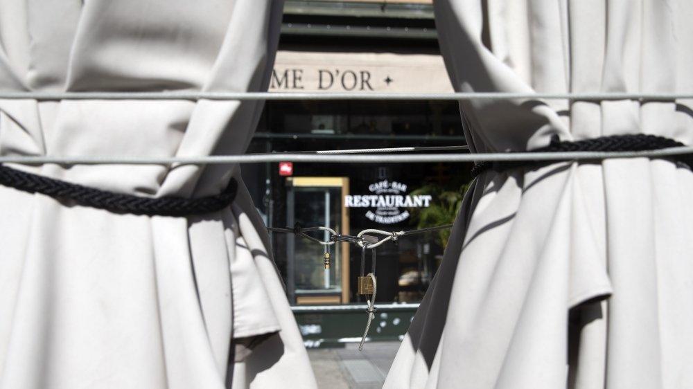 Selon nos informations, les terrasses des restaurants pourraient par exemple rouvrir, et les spectacles culturels et compétitions sportives  accueillir un public limité. Quand et dans quelle ampleur? Deux questions qui restent en suspens.