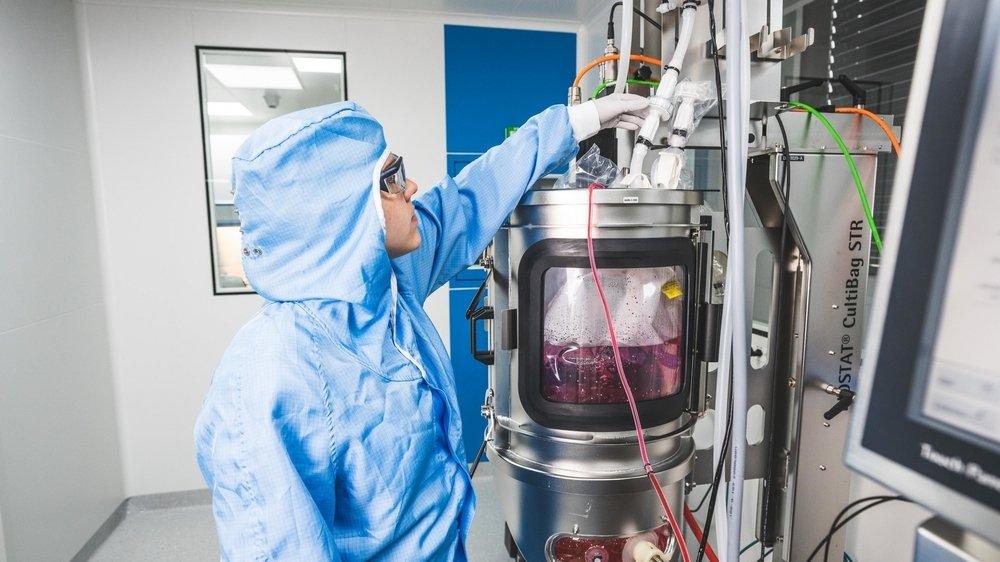 Les bioréacteurs permettent à Swiss Biotech Center d'élaborer de nouveaux produits pharmaceutiques.