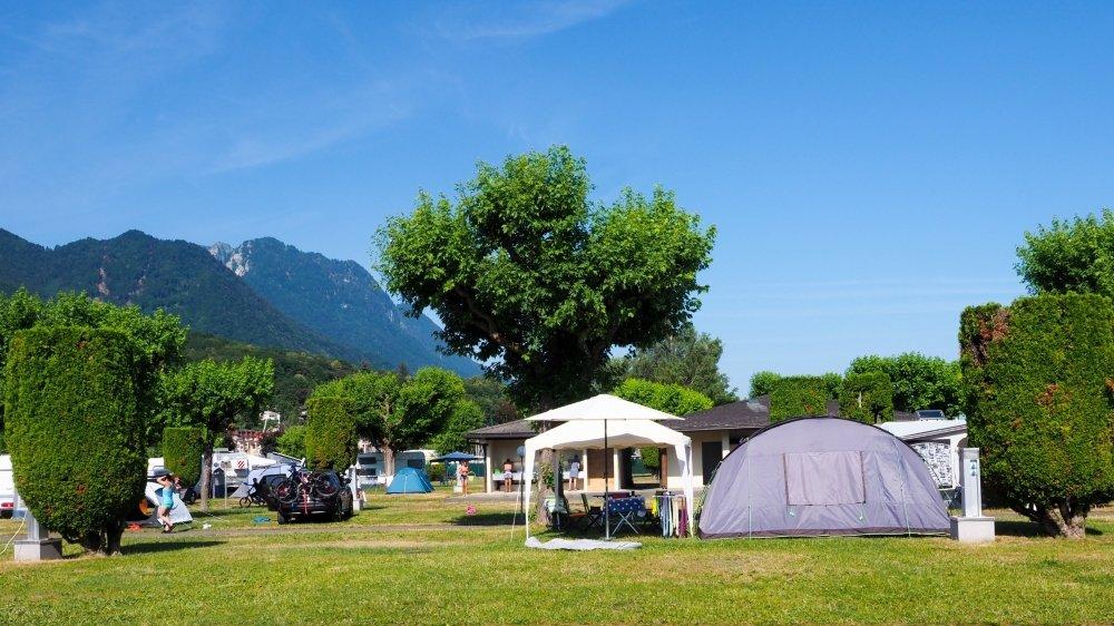 Le camping Rive-Bleue au Bouveret s'apprête à vivre un été aussi chargé que le précédent avec une clientèle presque exclusivement suisse.
