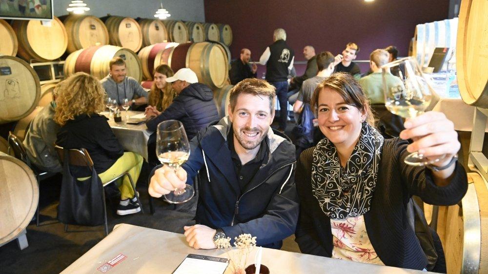 Comme ici, à la Cave La Madeleine à Vétroz, les amateurs de vins ont participé avec joie et bonne humeur aux caves ouvertes 2021