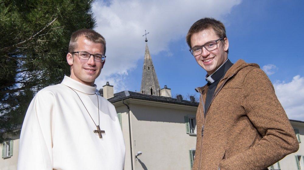 L'événement est rarissime. Deux frères de Saillon, Simon (à g.) et Valentin Roduit, vont être ordonnés prêtres le même jour. Nous les avons rencontrés à la Maison du Grand-Saint-Bernard à Martigny.