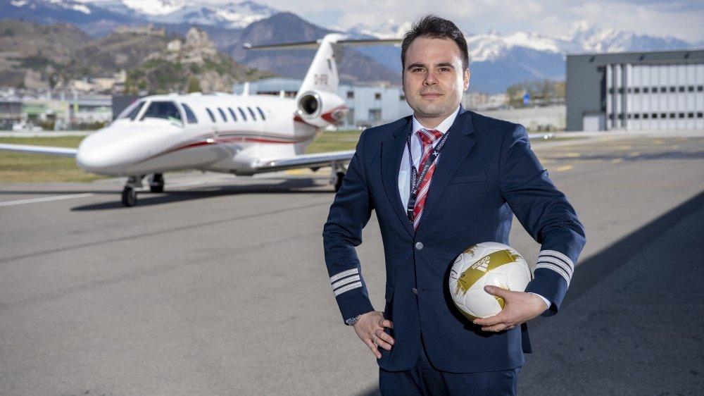 Emilian Toma, pilote, a créé sa plateforme de réservation de jets privés destinés aux footballeurs.