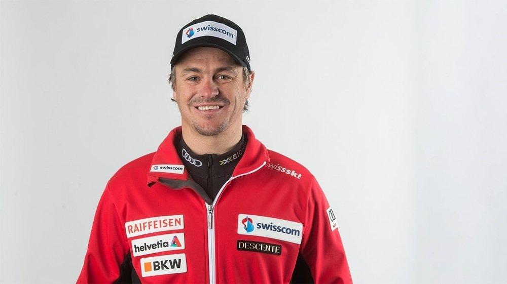 Jörg Roten, 47 ans, quitte Swiss-Ski après quinze ans passés au sein de la fédération. Il intègre la structure privée du Norvégien Henrik Kristoffersen en qualité d'entraîneur principal.