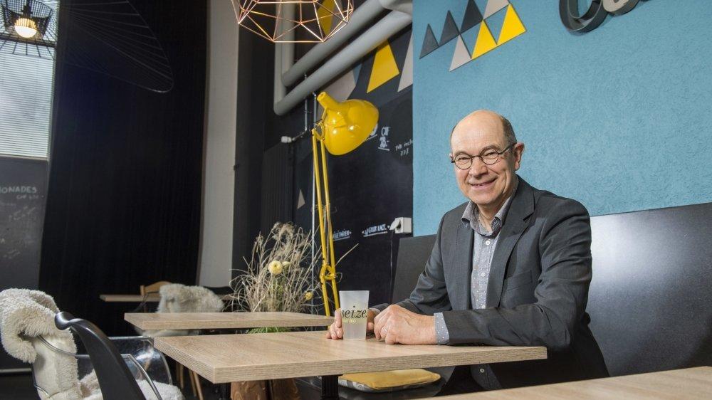 «Le Festival des5 Continents m'a ouvert les tiroirs du monde.» (La photo a été prise au «Seize» à Martigny en février 2020).